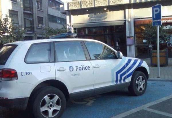 police belge handicapée