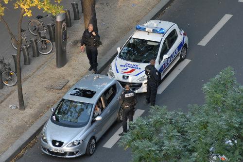 les policiers et leurs quotas pris sur le vif