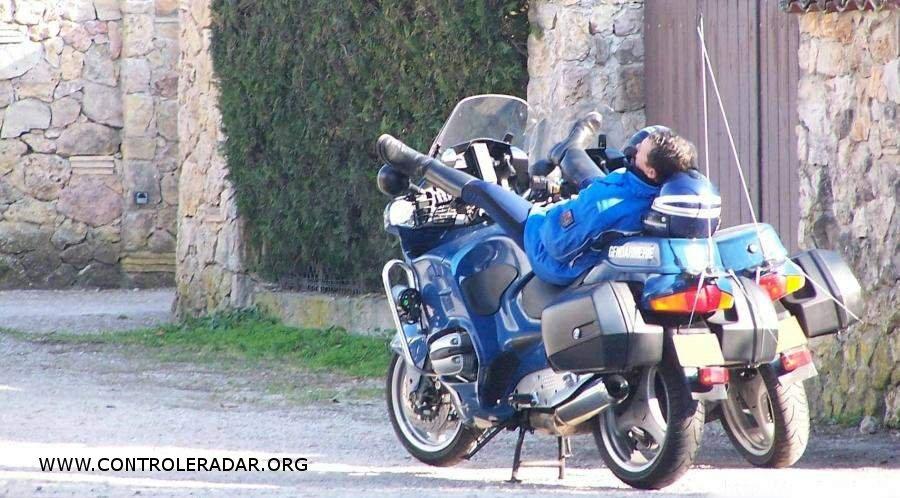 Gendarme en gr ve - Image drole de motard ...